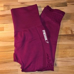 Gymshark Energy Seamless Beet Cropped Leggings